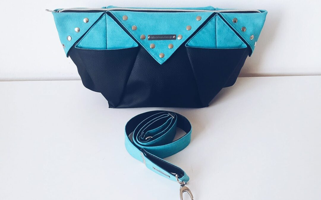 Origami BAG / Black Turquoise Rivets